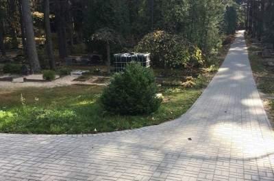 Gājēju celiņa pārbūve Meža kapos no Vecās kapličas līdz Jaunajai kapličai, Ventspilī  - 1.kārta