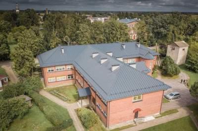Nīcas ambulances ēkas jumta seguma nomaiņa un bēniņu pārseguma siltināšana